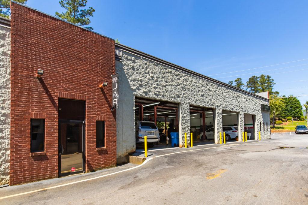 Main View Garage Shop